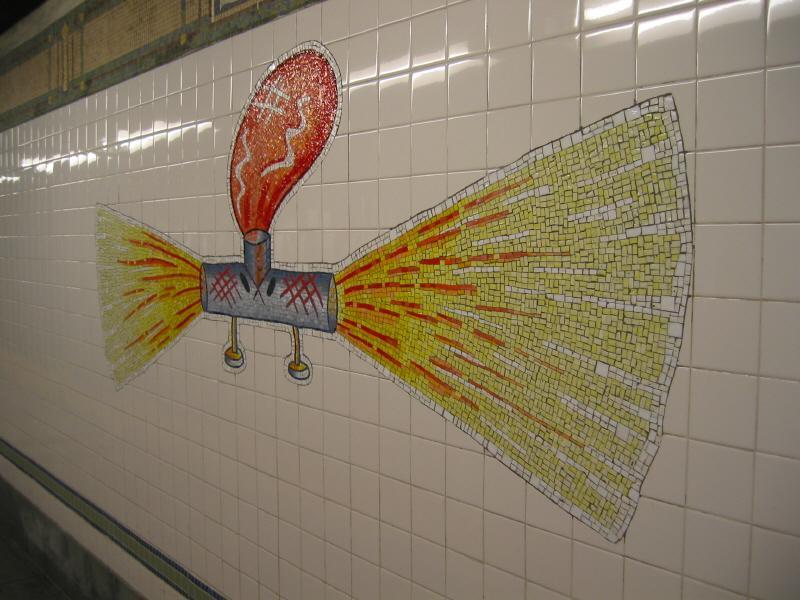 (69k, 800x600)<br><b>Country:</b> United States<br><b>City:</b> New York<br><b>System:</b> New York City Transit<br><b>Line:</b> BMT Broadway Line<br><b>Location:</b> 28th Street <br><b>Photo by:</b> Warren Sze<br><b>Date:</b> 5/31/2003<br><b>Artwork:</b> <i>City Dwellers</i>, Mark Hadjipateras (2002).<br><b>Viewed (this week/total):</b> 2 / 2371