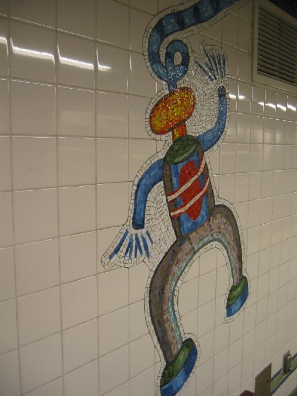 (54k, 600x800)<br><b>Country:</b> United States<br><b>City:</b> New York<br><b>System:</b> New York City Transit<br><b>Line:</b> BMT Broadway Line<br><b>Location:</b> 28th Street <br><b>Photo by:</b> Warren Sze<br><b>Date:</b> 5/31/2003<br><b>Artwork:</b> <i>City Dwellers</i>, Mark Hadjipateras (2002).<br><b>Viewed (this week/total):</b> 3 / 2424