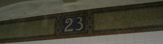 (19k, 640x176)<br><b>Country:</b> United States<br><b>City:</b> New York<br><b>System:</b> New York City Transit<br><b>Line:</b> BMT Broadway Line<br><b>Location:</b> 23rd Street <br><b>Photo by:</b> Anthony Thomasel<br><b>Date:</b> 5/21/2003<br><b>Viewed (this week/total):</b> 2 / 3207