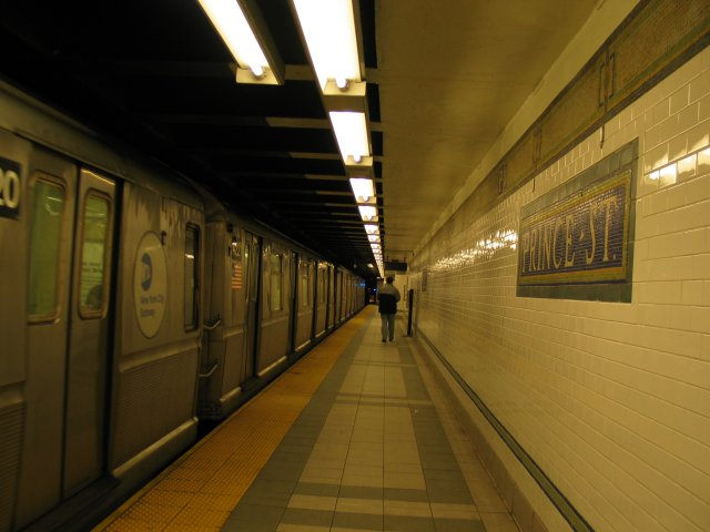 (48k, 640x480)<br><b>Country:</b> United States<br><b>City:</b> New York<br><b>System:</b> New York City Transit<br><b>Line:</b> BMT Broadway Line<br><b>Location:</b> Prince Street <br><b>Photo by:</b> Anthony Thomasel<br><b>Date:</b> 5/21/2003<br><b>Viewed (this week/total):</b> 0 / 5584