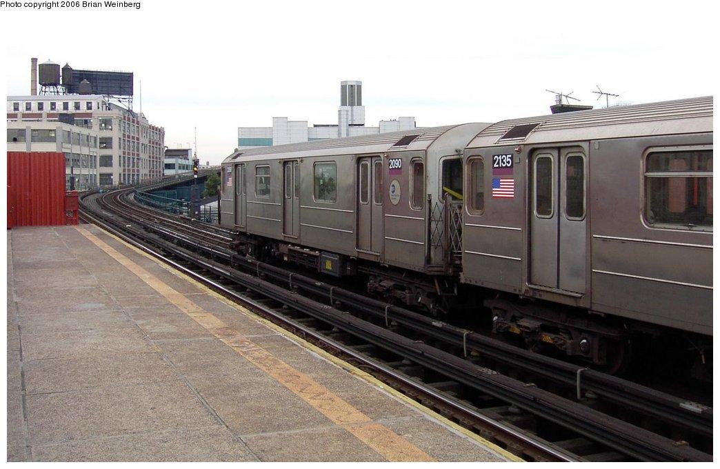 (142k, 1044x680)<br><b>Country:</b> United States<br><b>City:</b> New York<br><b>System:</b> New York City Transit<br><b>Line:</b> IRT Flushing Line<br><b>Location:</b> Court House Square/45th Road <br><b>Car:</b> R-62A (Bombardier, 1984-1987)  2090 <br><b>Photo by:</b> Brian Weinberg<br><b>Date:</b> 6/17/2003<br><b>Viewed (this week/total):</b> 0 / 2770