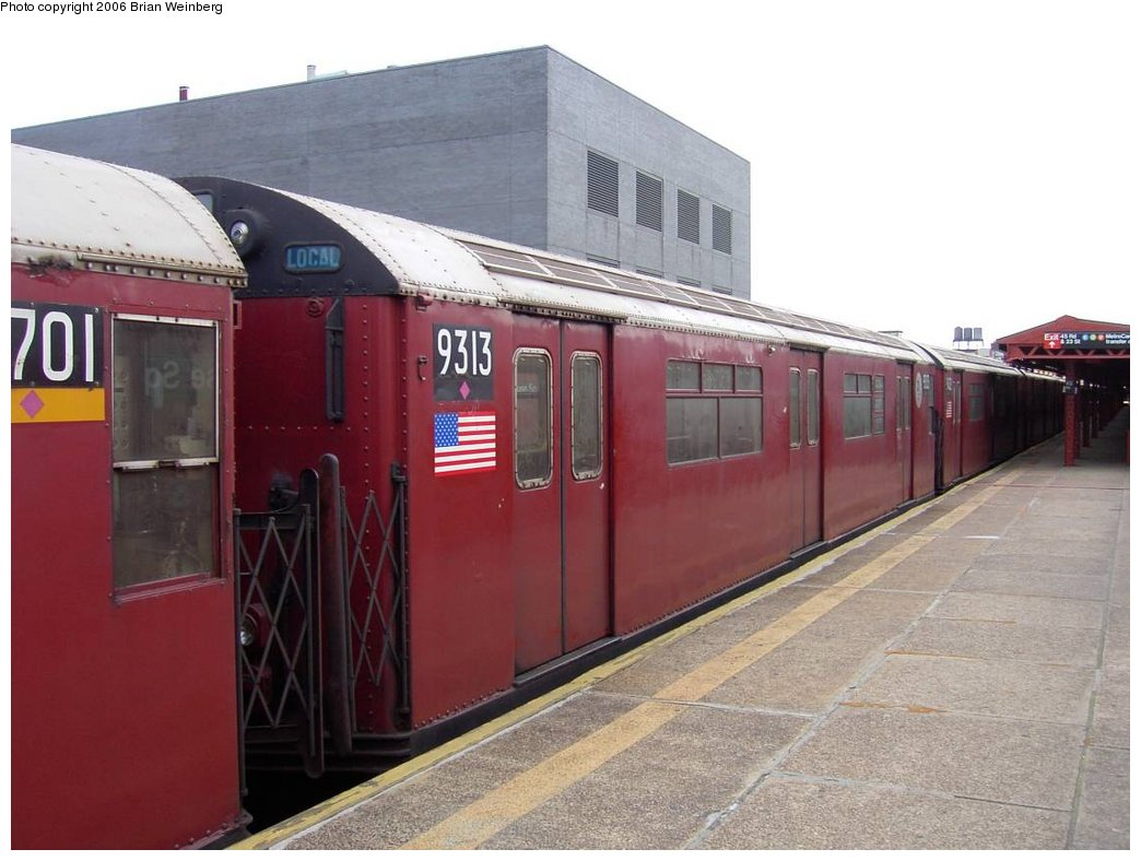 (144k, 1044x788)<br><b>Country:</b> United States<br><b>City:</b> New York<br><b>System:</b> New York City Transit<br><b>Line:</b> IRT Flushing Line<br><b>Location:</b> Court House Square/45th Road <br><b>Car:</b> R-33 World's Fair (St. Louis, 1963-64) 9313 <br><b>Photo by:</b> Brian Weinberg<br><b>Date:</b> 6/17/2003<br><b>Viewed (this week/total):</b> 1 / 3509