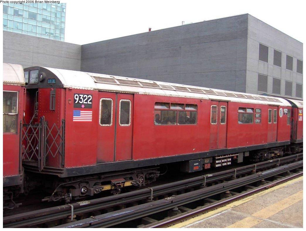 (160k, 1044x788)<br><b>Country:</b> United States<br><b>City:</b> New York<br><b>System:</b> New York City Transit<br><b>Line:</b> IRT Flushing Line<br><b>Location:</b> Court House Square/45th Road <br><b>Car:</b> R-33 World's Fair (St. Louis, 1963-64) 9322 <br><b>Photo by:</b> Brian Weinberg<br><b>Date:</b> 6/17/2003<br><b>Viewed (this week/total):</b> 0 / 2201
