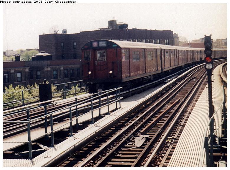 (95k, 780x576)<br><b>Country:</b> United States<br><b>City:</b> New York<br><b>System:</b> New York City Transit<br><b>Line:</b> IRT Flushing Line<br><b>Location:</b> 61st Street/Woodside <br><b>Route:</b> 7<br><b>Car:</b> R-36 World's Fair (St. Louis, 1963-64) 9654 <br><b>Photo by:</b> Gary Chatterton<br><b>Date:</b> 5/2003<br><b>Viewed (this week/total):</b> 0 / 2885