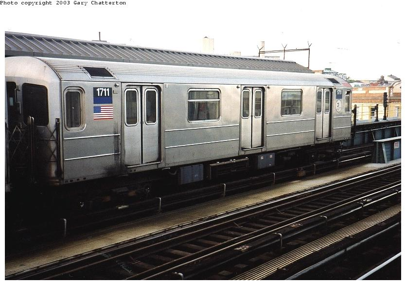 (80k, 835x586)<br><b>Country:</b> United States<br><b>City:</b> New York<br><b>System:</b> New York City Transit<br><b>Line:</b> IRT Flushing Line<br><b>Location:</b> 52nd Street/Lincoln Avenue <br><b>Route:</b> 7<br><b>Car:</b> R-62A (Bombardier, 1984-1987)  1711 <br><b>Photo by:</b> Gary Chatterton<br><b>Date:</b> 6/4/2003<br><b>Viewed (this week/total):</b> 0 / 3195