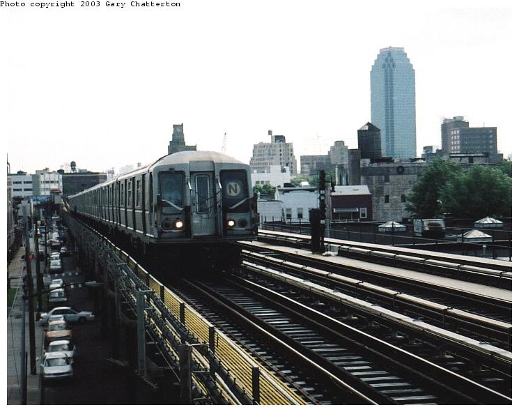 (69k, 745x591)<br><b>Country:</b> United States<br><b>City:</b> New York<br><b>System:</b> New York City Transit<br><b>Line:</b> BMT Astoria Line<br><b>Location:</b> 36th/Washington Aves. <br><b>Route:</b> N<br><b>Car:</b> R-40 (St. Louis, 1968)  4198 <br><b>Photo by:</b> Gary Chatterton<br><b>Date:</b> 6/6/2003<br><b>Viewed (this week/total):</b> 0 / 4252