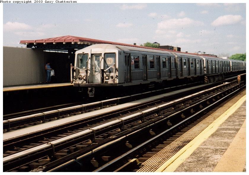 (93k, 840x591)<br><b>Country:</b> United States<br><b>City:</b> New York<br><b>System:</b> New York City Transit<br><b>Line:</b> BMT Astoria Line<br><b>Location:</b> 36th/Washington Aves. <br><b>Route:</b> N<br><b>Car:</b> R-40 (St. Louis, 1968)  4303 <br><b>Photo by:</b> Gary Chatterton<br><b>Date:</b> 6/6/2003<br><b>Viewed (this week/total):</b> 2 / 3909