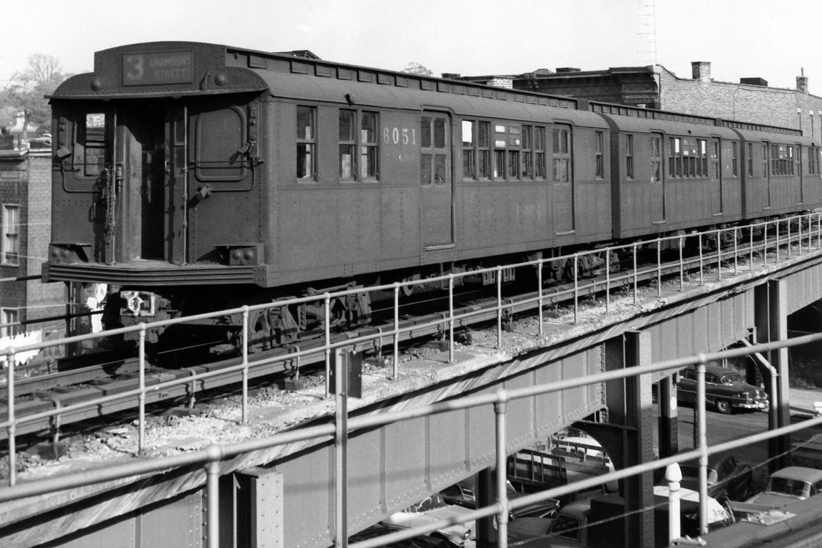 (230k, 1024x673)<br><b>Country:</b> United States<br><b>City:</b> New York<br><b>System:</b> New York City Transit<br><b>Location:</b> East New York Yard/Shops<br><b>Car:</b> BMT D-Type Triplex 6051 <br><b>Photo by:</b> Hal Smith Collection<br><b>Collection of:</b> Joe Testagrose<br><b>Date:</b> 10/19/1962<br><b>Viewed (this week/total):</b> 1 / 3156