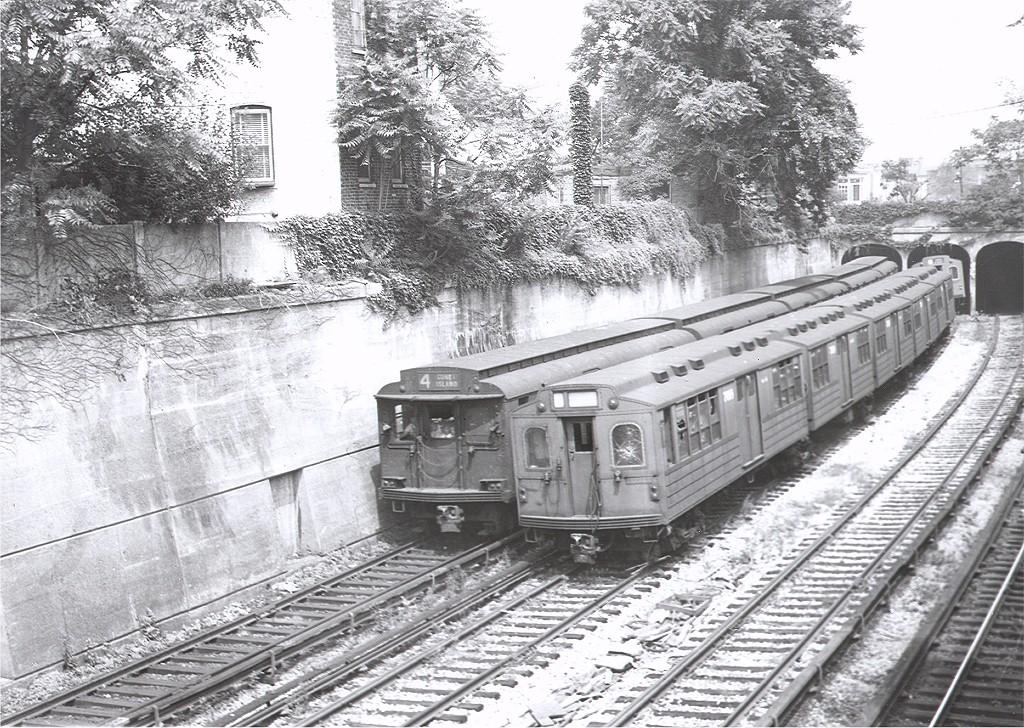 (303k, 1024x728)<br><b>Country:</b> United States<br><b>City:</b> New York<br><b>System:</b> New York City Transit<br><b>Line:</b> BMT Sea Beach Line<br><b>Location:</b> 20th Avenue <br><b>Car:</b> BMT Multi 7016 <br><b>Photo by:</b> Ed Watson/Arthur Lonto Collection<br><b>Collection of:</b> Joe Testagrose<br><b>Viewed (this week/total):</b> 3 / 3358