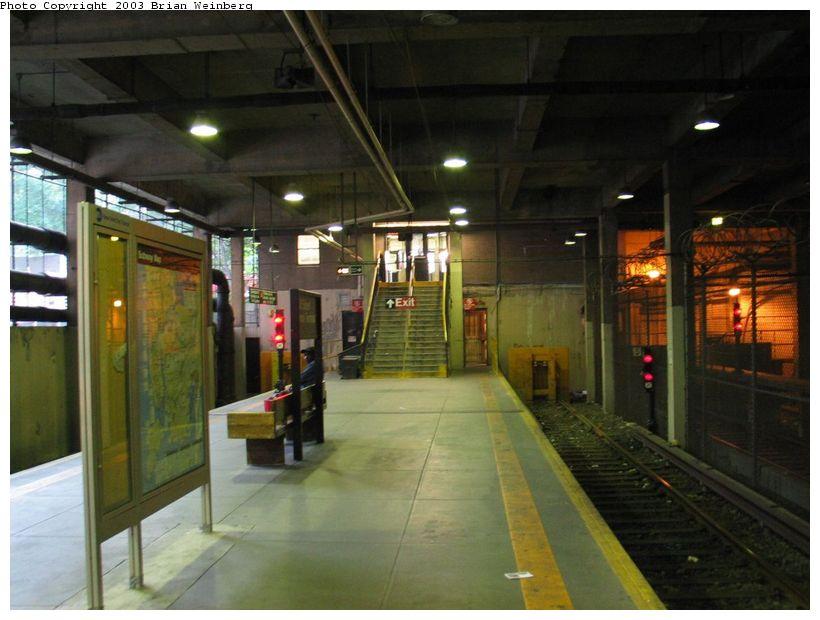 (83k, 820x620)<br><b>Country:</b> United States<br><b>City:</b> New York<br><b>System:</b> New York City Transit<br><b>Line:</b> IRT Lenox Line<br><b>Location:</b> 148th Street/Lenox Terminal <br><b>Photo by:</b> Brian Weinberg<br><b>Date:</b> 6/24/2003<br><b>Viewed (this week/total):</b> 1 / 5224
