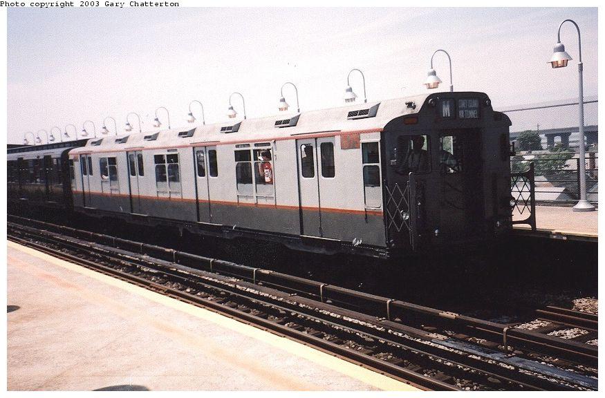 (98k, 875x576)<br><b>Country:</b> United States<br><b>City:</b> New York<br><b>System:</b> New York City Transit<br><b>Line:</b> IND Rockaway<br><b>Location:</b> Beach 90th Street/Holland <br><b>Route:</b> Fan Trip<br><b>Car:</b> R-7A (Pullman, 1938)  1575 <br><b>Photo by:</b> Gary Chatterton<br><b>Date:</b> 6/28/2003<br><b>Viewed (this week/total):</b> 0 / 3177