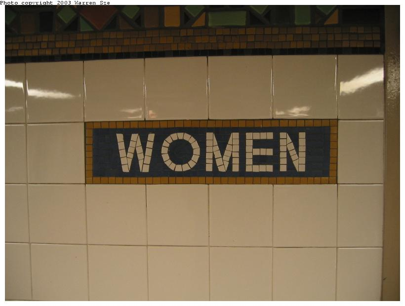 (41k, 820x620)<br><b>Country:</b> United States<br><b>City:</b> New York<br><b>System:</b> New York City Transit<br><b>Line:</b> BMT Broadway Line<br><b>Location:</b> Whitehall Street <br><b>Photo by:</b> Warren Sze<br><b>Date:</b> 7/3/2003<br><b>Notes:</b> South exit<br><b>Viewed (this week/total):</b> 0 / 2204