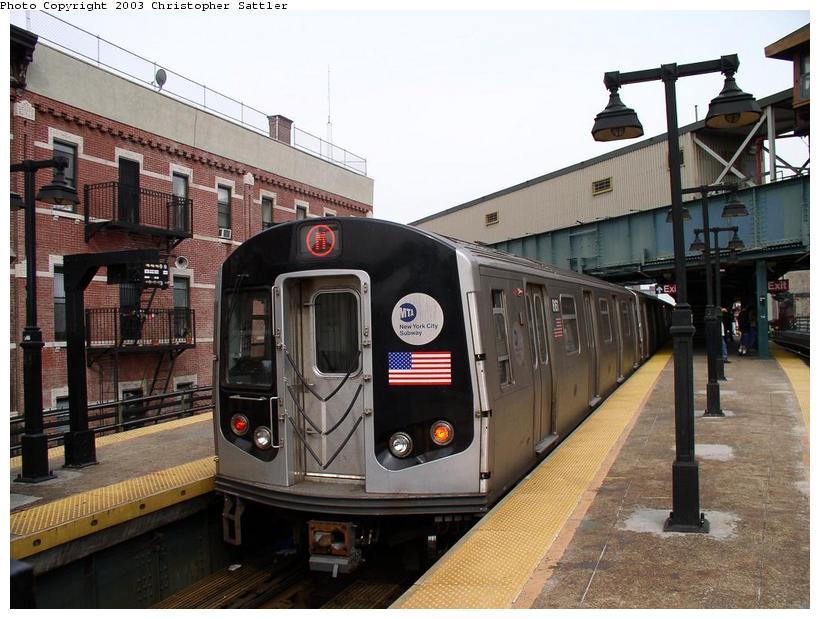 (87k, 820x619)<br><b>Country:</b> United States<br><b>City:</b> New York<br><b>System:</b> New York City Transit<br><b>Line:</b> BMT Nassau Street/Jamaica Line<br><b>Location:</b> Myrtle Avenue <br><b>Route:</b> M<br><b>Car:</b> R-143 (Kawasaki, 2001-2002)  <br><b>Photo by:</b> Christopher Sattler<br><b>Date:</b> 6/28/2003<br><b>Viewed (this week/total):</b> 4 / 11113
