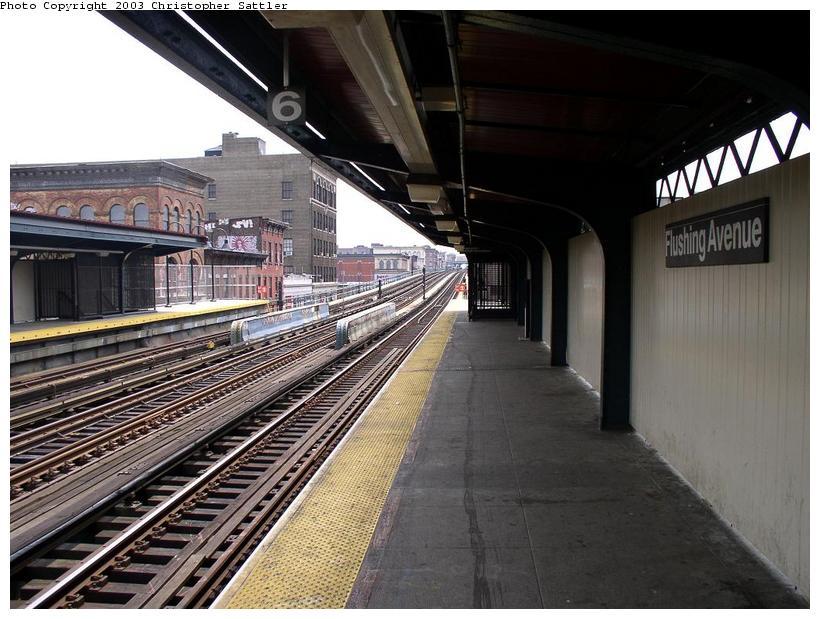 (91k, 820x619)<br><b>Country:</b> United States<br><b>City:</b> New York<br><b>System:</b> New York City Transit<br><b>Line:</b> BMT Nassau Street/Jamaica Line<br><b>Location:</b> Flushing Avenue <br><b>Photo by:</b> Christopher Sattler<br><b>Date:</b> 7/2/2003<br><b>Viewed (this week/total):</b> 3 / 2952