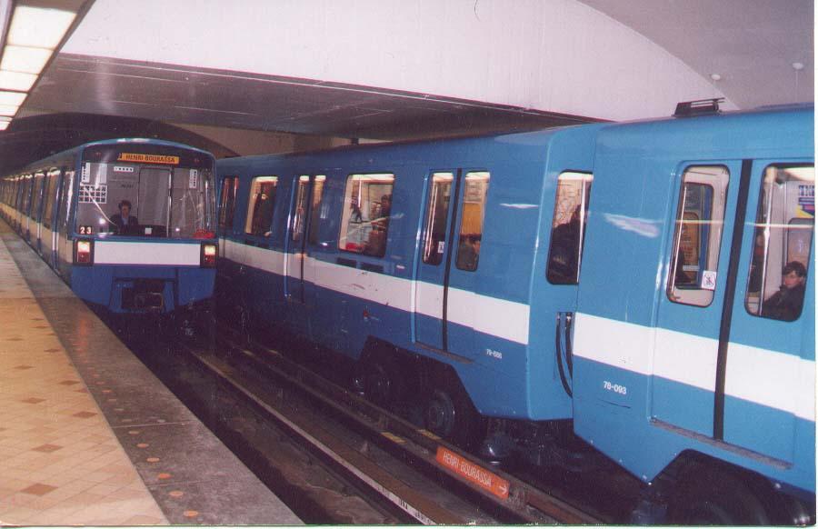 (69k, 900x582)<br><b>Country:</b> Canada<br><b>City:</b> Montréal, Québec<br><b>System:</b> STM-Metro<br><b>Line:</b> STM Orange Line <br><b>Location:</b> Crémazie <br><b>Photo by:</b> Mervyn Miller<br><b>Viewed (this week/total):</b> 0 / 4228
