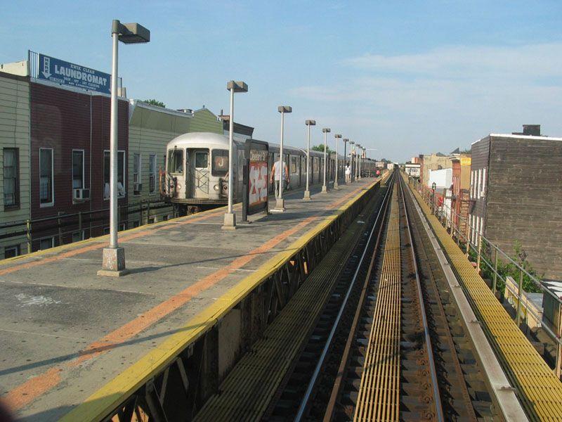 (106k, 800x600)<br><b>Country:</b> United States<br><b>City:</b> New York<br><b>System:</b> New York City Transit<br><b>Line:</b> BMT Nassau Street/Jamaica Line<br><b>Location:</b> Cleveland Street <br><b>Photo by:</b> Robert Pastore<br><b>Date:</b> 4/27/2003<br><b>Viewed (this week/total):</b> 0 / 3629
