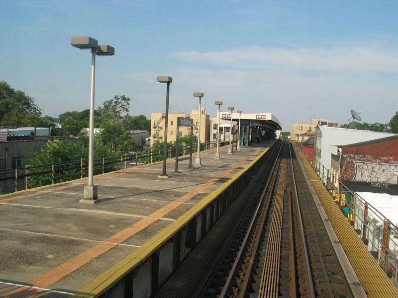 (100k, 800x600)<br><b>Country:</b> United States<br><b>City:</b> New York<br><b>System:</b> New York City Transit<br><b>Line:</b> BMT Nassau Street/Jamaica Line<br><b>Location:</b> Van Siclen Avenue <br><b>Photo by:</b> Robert Pastore<br><b>Date:</b> 4/27/2003<br><b>Viewed (this week/total):</b> 2 / 3664