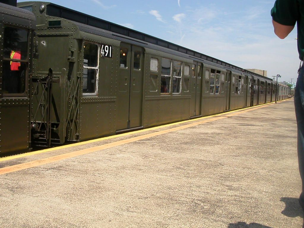(189k, 1024x768)<br><b>Country:</b> United States<br><b>City:</b> New York<br><b>System:</b> New York City Transit<br><b>Line:</b> IND Rockaway<br><b>Location:</b> Rockaway Park/Beach 116th Street <br><b>Route:</b> Fan Trip<br><b>Car:</b> R-4 (American Car & Foundry, 1932-1933) 491 (ex-401)<br><b>Photo by:</b> Frank Hicks<br><b>Date:</b> 6/28/2003<br><b>Viewed (this week/total):</b> 0 / 2836