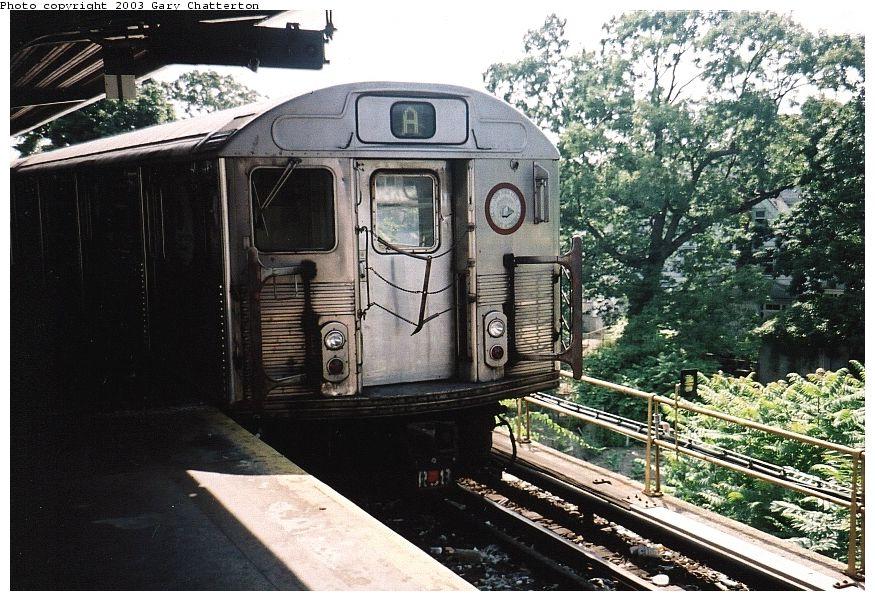 (138k, 875x601)<br><b>Country:</b> United States<br><b>City:</b> New York<br><b>System:</b> New York City Transit<br><b>Line:</b> IND Rockaway<br><b>Location:</b> Mott Avenue/Far Rockaway <br><b>Route:</b> A<br><b>Car:</b> R-38 (St. Louis, 1966-1967)  3977 <br><b>Photo by:</b> Gary Chatterton<br><b>Date:</b> 6/28/2003<br><b>Viewed (this week/total):</b> 0 / 5039