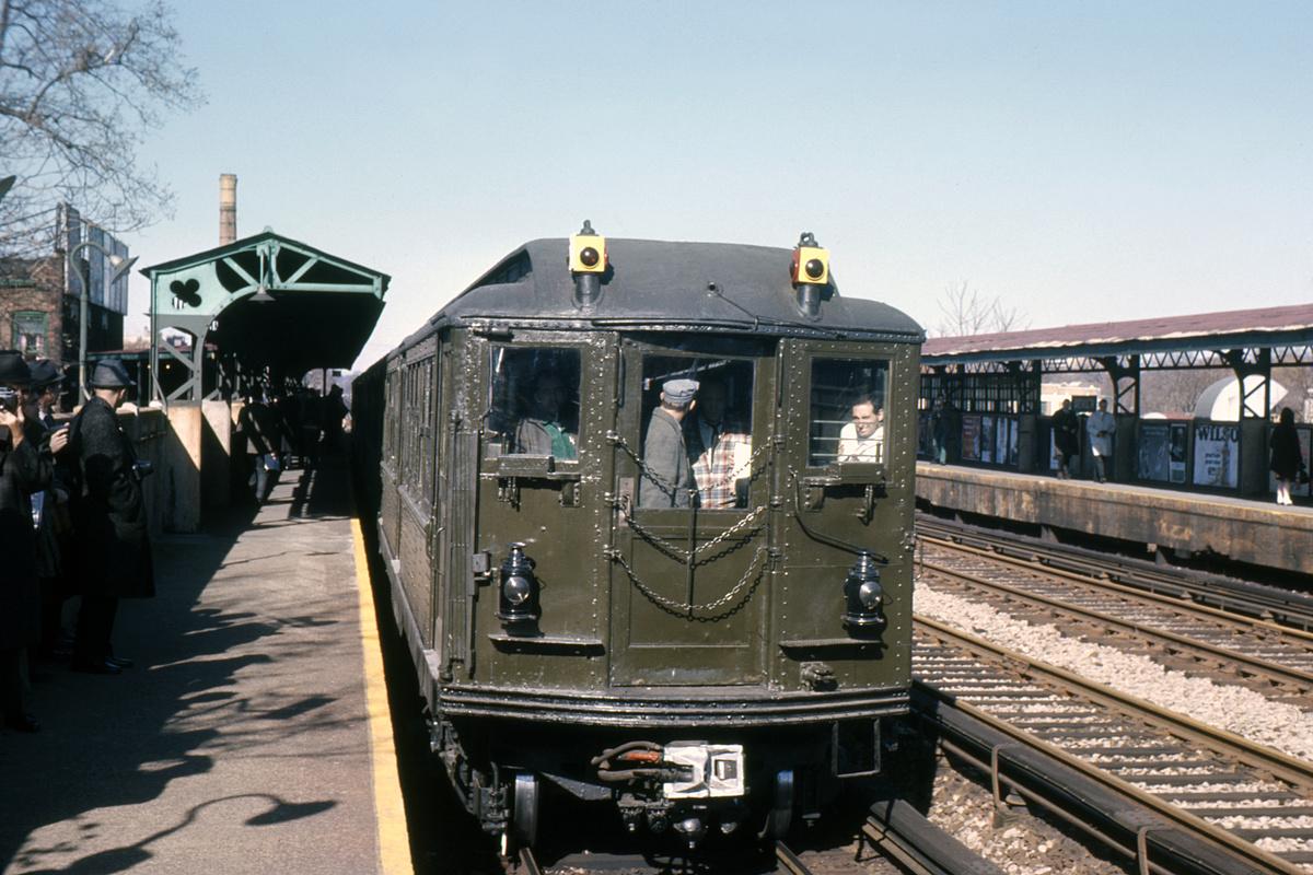 (347k, 1024x683)<br><b>Country:</b> United States<br><b>City:</b> New York<br><b>System:</b> New York City Transit<br><b>Line:</b> BMT Brighton Line<br><b>Location:</b> Avenue M <br><b>Route:</b> Fan Trip<br><b>Car:</b> Low-V (Museum Train) 5483 <br><b>Collection of:</b> David Pirmann<br><b>Date:</b> 11/14/1965<br><b>Viewed (this week/total):</b> 0 / 2519