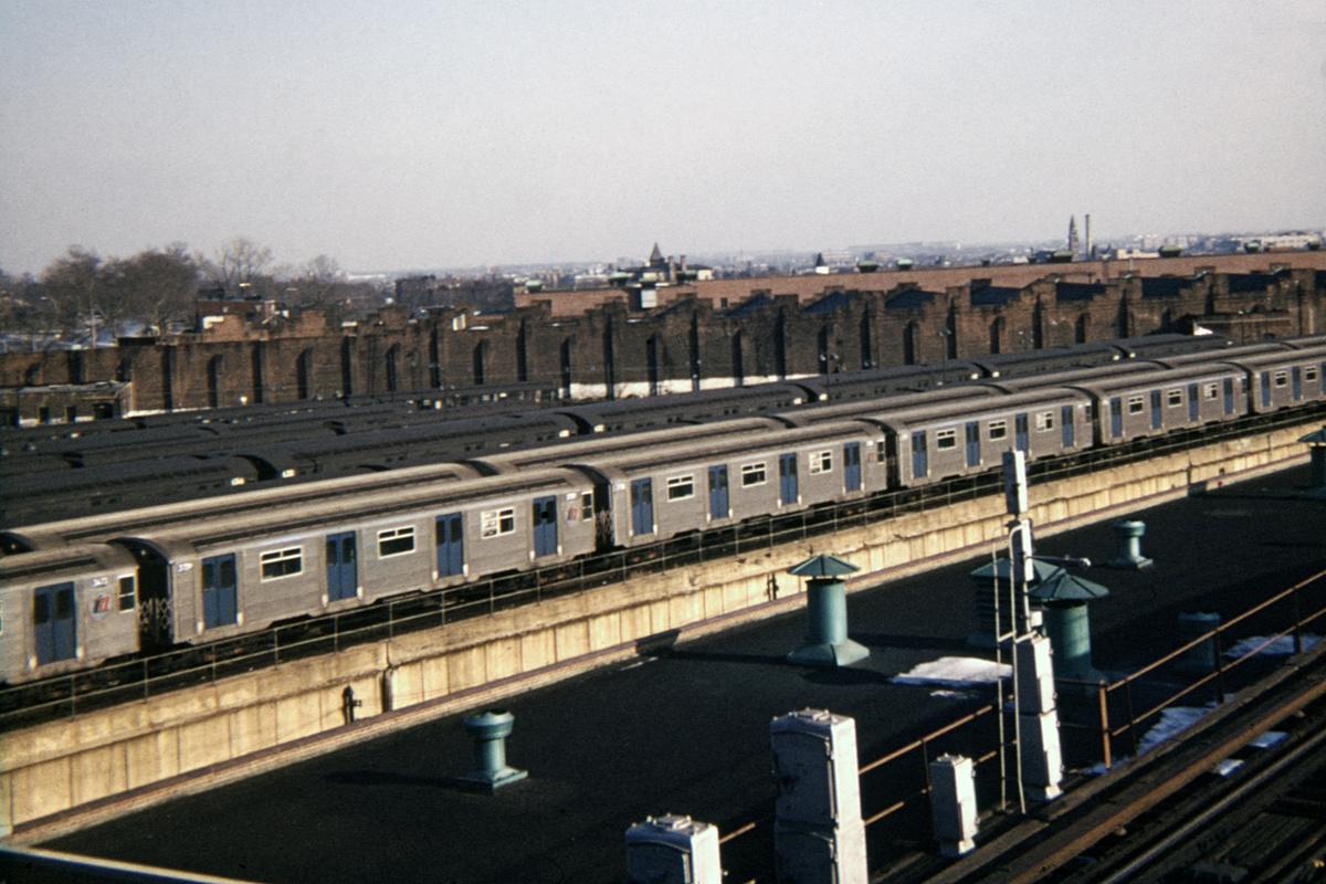 (442k, 1024x683)<br><b>Country:</b> United States<br><b>City:</b> New York<br><b>System:</b> New York City Transit<br><b>Location:</b> East New York Yard/Shops<br><b>Car:</b> R-32 (Budd, 1964)   <br><b>Photo by:</b> Steve Hoskins<br><b>Collection of:</b> David Pirmann<br><b>Date:</b> 12/1966<br><b>Viewed (this week/total):</b> 0 / 5646