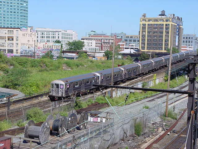 (60k, 640x480)<br><b>Country:</b> United States<br><b>City:</b> New York<br><b>System:</b> New York City Transit<br><b>Line:</b> IRT Flushing Line<br><b>Location:</b> Viaduct approach east of Hunterspoint Ave. <br><b>Route:</b> 7<br><b>Car:</b> R-62A (Bombardier, 1984-1987)   <br><b>Photo by:</b> Salaam Allah<br><b>Date:</b> 9/17/2002<br><b>Viewed (this week/total):</b> 2 / 5540