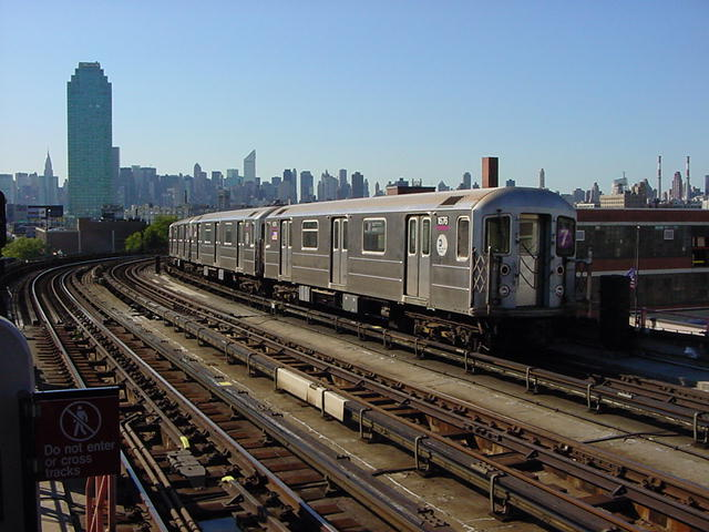 (62k, 640x480)<br><b>Country:</b> United States<br><b>City:</b> New York<br><b>System:</b> New York City Transit<br><b>Line:</b> IRT Flushing Line<br><b>Location:</b> 33rd Street/Rawson Street <br><b>Route:</b> 7<br><b>Car:</b> R-62A (Bombardier, 1984-1987)  1676 <br><b>Photo by:</b> Salaam Allah<br><b>Date:</b> 9/17/2002<br><b>Viewed (this week/total):</b> 0 / 3383
