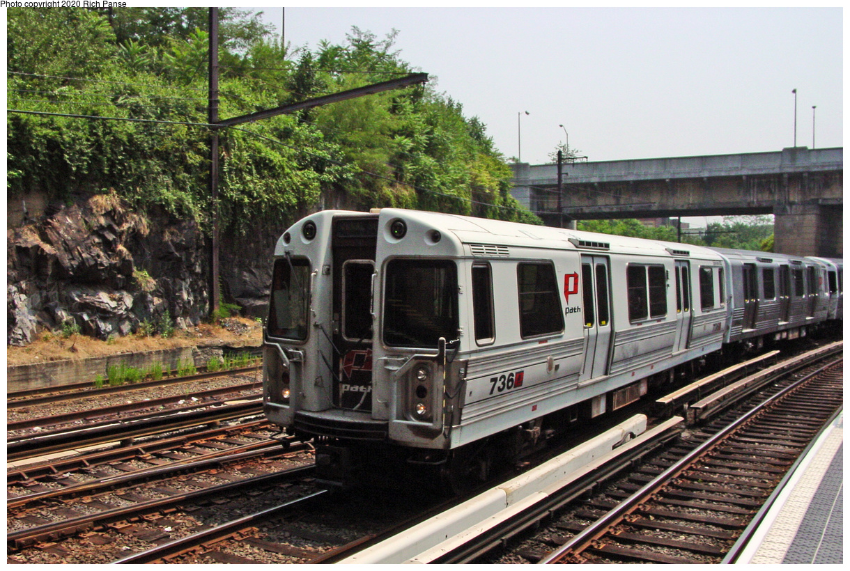 (86k, 820x620)<br><b>Country:</b> United States<br><b>City:</b> Jersey City, NJ<br><b>System:</b> PATH<br><b>Location:</b> Journal Square <br><b>Car:</b> PATH PA-3 (Hawker-Siddley, 1972)  736 <br><b>Photo by:</b> Richard Panse<br><b>Date:</b> 7/23/2002<br><b>Viewed (this week/total):</b> 0 / 4759