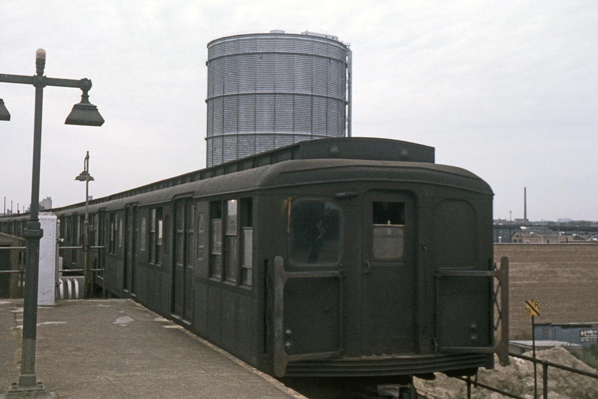 (338k, 1044x708)<br><b>Country:</b> United States<br><b>City:</b> New York<br><b>System:</b> New York City Transit<br><b>Location:</b> Coney Island/Stillwell Avenue<br><b>Car:</b> BMT A/B-Type Standard 2850 <br><b>Collection of:</b> David Pirmann<br><b>Date:</b> 9/4/1963<br><b>Viewed (this week/total):</b> 0 / 3366