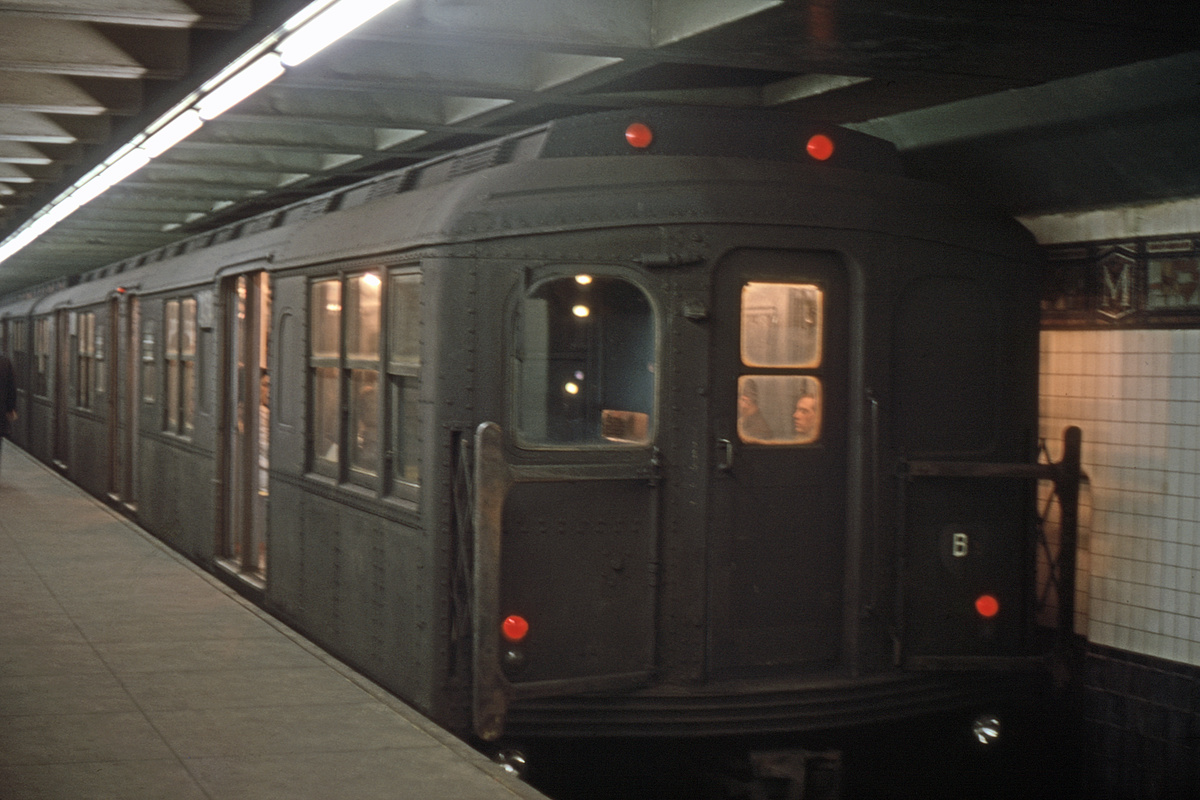 (368k, 1200x800)<br><b>Country:</b> United States<br><b>City:</b> New York<br><b>System:</b> New York City Transit<br><b>Line:</b> BMT Canarsie Line<br><b>Location:</b> Myrtle Avenue<br><b>Car:</b> BMT A/B-Type Standard  <br><b>Collection of:</b> David Pirmann<br><b>Viewed (this week/total):</b> 6 / 5459