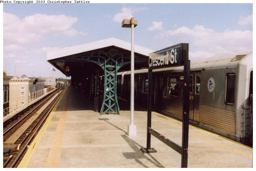 (59k, 820x550)<br><b>Country:</b> United States<br><b>City:</b> New York<br><b>System:</b> New York City Transit<br><b>Line:</b> BMT Nassau Street/Jamaica Line<br><b>Location:</b> Crescent Street <br><b>Route:</b> J<br><b>Car:</b> R-42 (St. Louis, 1969-1970)  484x <br><b>Photo by:</b> Christopher Sattler<br><b>Date:</b> 4/27/2003<br><b>Viewed (this week/total):</b> 0 / 4937