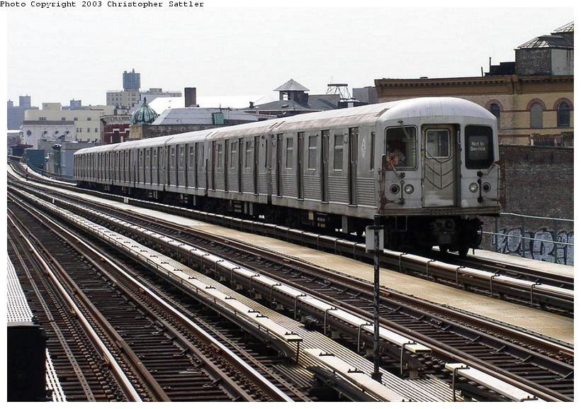 (104k, 820x577)<br><b>Country:</b> United States<br><b>City:</b> New York<br><b>System:</b> New York City Transit<br><b>Line:</b> BMT Nassau Street/Jamaica Line<br><b>Location:</b> Kosciuszko Street <br><b>Route:</b> J<br><b>Car:</b> R-42 (St. Louis, 1969-1970)   <br><b>Photo by:</b> Christopher Sattler<br><b>Date:</b> 7/31/2003<br><b>Viewed (this week/total):</b> 0 / 6234