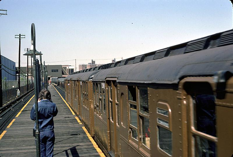 (82k, 800x538)<br><b>Country:</b> United States<br><b>City:</b> New York<br><b>System:</b> New York City Transit<br><b>Line:</b> BMT Canarsie Line<br><b>Location:</b> East 105th Street <br><b>Route:</b> Fan Trip<br><b>Car:</b> BMT A/B-Type Standard 2390 <br><b>Photo by:</b> Richard Ondrovic<br><b>Date:</b> 4/30/1977<br><b>Viewed (this week/total):</b> 1 / 3386
