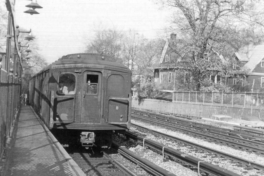 (276k, 1024x683)<br><b>Country:</b> United States<br><b>City:</b> New York<br><b>System:</b> New York City Transit<br><b>Line:</b> BMT Brighton Line<br><b>Location:</b> Avenue H <br><b>Car:</b> BMT A/B-Type Standard  <br><b>Collection of:</b> David Pirmann<br><b>Viewed (this week/total):</b> 0 / 3701