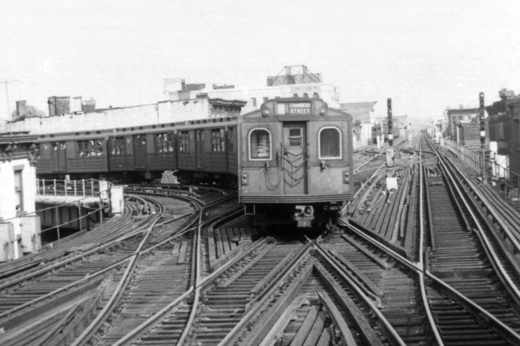 (216k, 1024x682)<br><b>Country:</b> United States<br><b>City:</b> New York<br><b>System:</b> New York City Transit<br><b>Line:</b> BMT Nassau Street/Jamaica Line<br><b>Location:</b> Myrtle Avenue <br><b>Car:</b> BMT Multi 7027 <br><b>Collection of:</b> David Pirmann<br><b>Viewed (this week/total):</b> 1 / 4008
