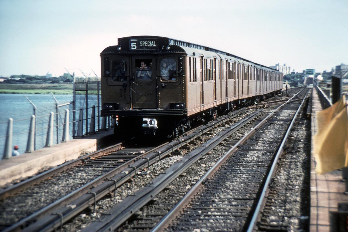 (386k, 1024x682)<br><b>Country:</b> United States<br><b>City:</b> New York<br><b>System:</b> New York City Transit<br><b>Line:</b> IND Rockaway<br><b>Location:</b> North Channel Bridge <br><b>Route:</b> Fan Trip<br><b>Car:</b> BMT D-Type Triplex  <br><b>Collection of:</b> David Pirmann<br><b>Viewed (this week/total):</b> 4 / 3355