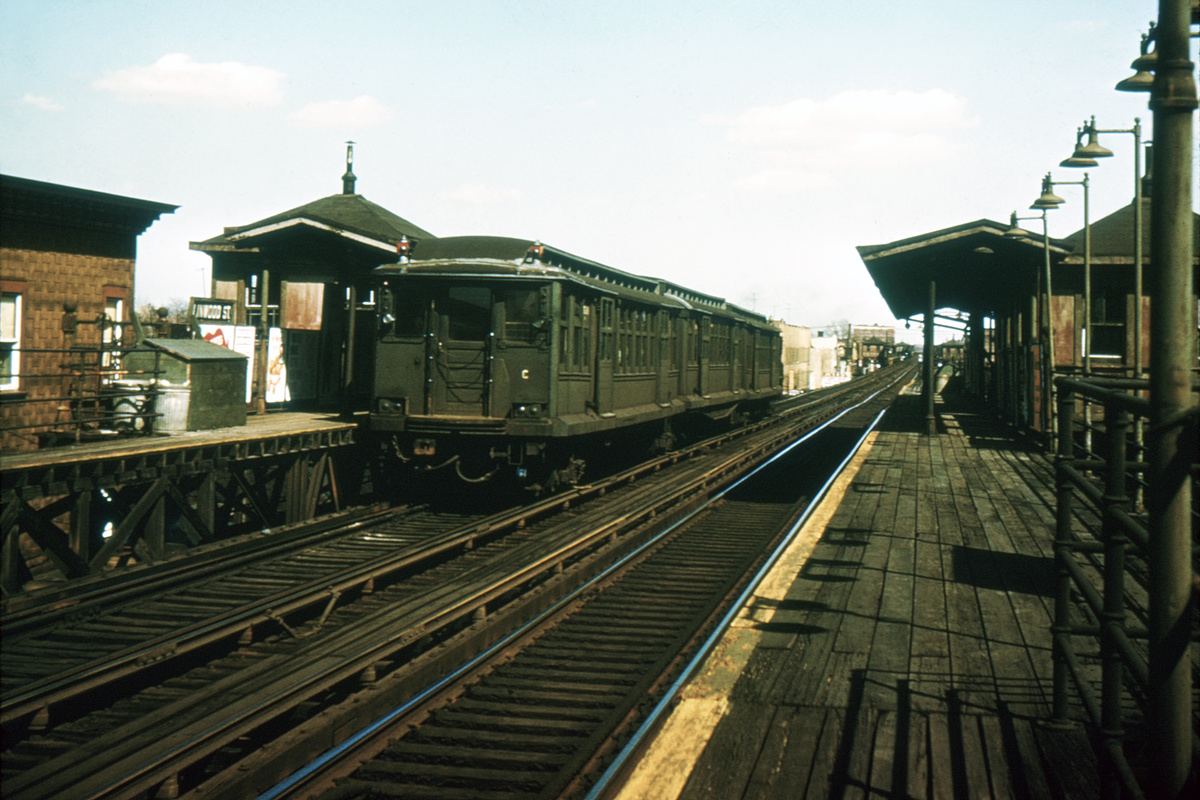 (440k, 1044x836)<br><b>Country:</b> United States<br><b>City:</b> New York<br><b>System:</b> New York City Transit<br><b>Line:</b> BMT Fulton<br><b>Location:</b> Linwood Street <br><b>Car:</b> BMT C  <br><b>Collection of:</b> David Pirmann<br><b>Viewed (this week/total):</b> 4 / 4020
