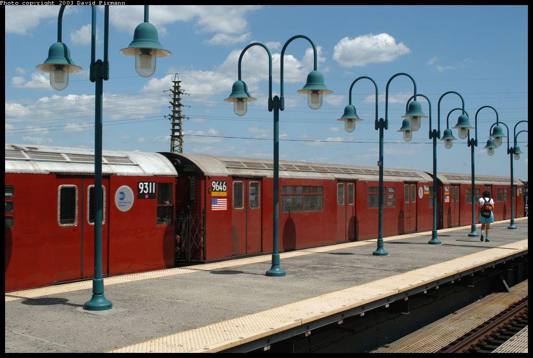 (201k, 1044x701)<br><b>Country:</b> United States<br><b>City:</b> New York<br><b>System:</b> New York City Transit<br><b>Line:</b> IRT Flushing Line<br><b>Location:</b> 61st Street/Woodside <br><b>Route:</b> 7<br><b>Car:</b> R-36 World's Fair (St. Louis, 1963-64) 9646 <br><b>Photo by:</b> David Pirmann<br><b>Date:</b> 8/23/2003<br><b>Viewed (this week/total):</b> 0 / 4536