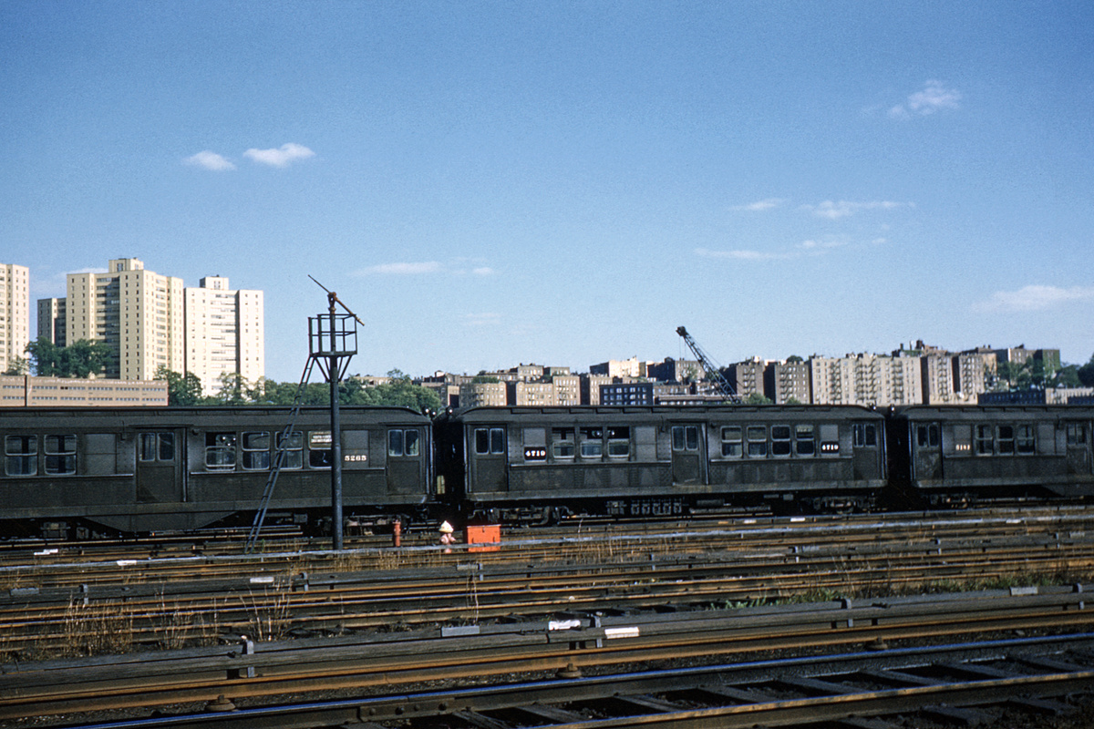(330k, 1024x682)<br><b>Country:</b> United States<br><b>City:</b> New York<br><b>System:</b> New York City Transit<br><b>Location:</b> 207th Street Yard<br><b>Car:</b> Low-V 4719 <br><b>Collection of:</b> David Pirmann<br><b>Date:</b> 5/23/1963<br><b>Viewed (this week/total):</b> 0 / 2599