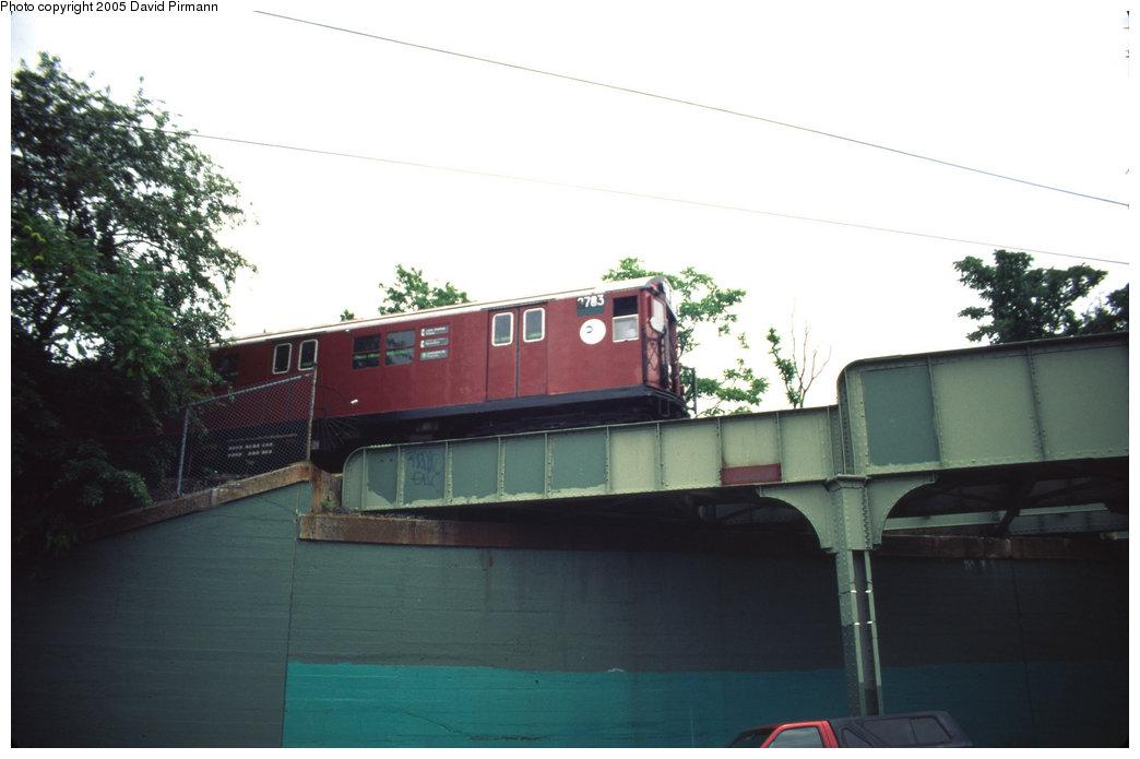 (128k, 1044x695)<br><b>Country:</b> United States<br><b>City:</b> New York<br><b>System:</b> New York City Transit<br><b>Line:</b> IRT White Plains Road Line<br><b>Location:</b> Bronx Park East <br><b>Route:</b> 2<br><b>Car:</b> R-29 (St. Louis, 1962) 8783 <br><b>Photo by:</b> David Pirmann<br><b>Date:</b> 7/21/1999<br><b>Viewed (this week/total):</b> 2 / 6566