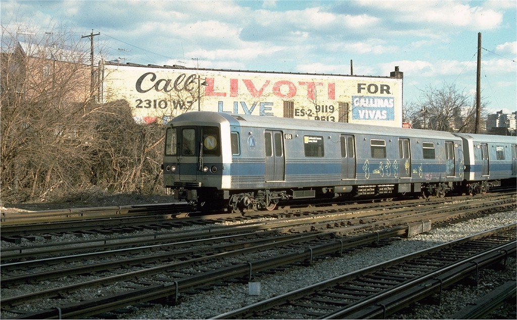 (247k, 1024x635)<br><b>Country:</b> United States<br><b>City:</b> New York<br><b>System:</b> New York City Transit<br><b>Line:</b> BMT Sea Beach Line<br><b>Location:</b> 86th Street <br><b>Route:</b> N<br><b>Car:</b> R-46 (Pullman-Standard, 1974-75) 658 <br><b>Photo by:</b> Ed McKernan<br><b>Collection of:</b> Joe Testagrose<br><b>Date:</b> 3/31/1977<br><b>Viewed (this week/total):</b> 0 / 6465
