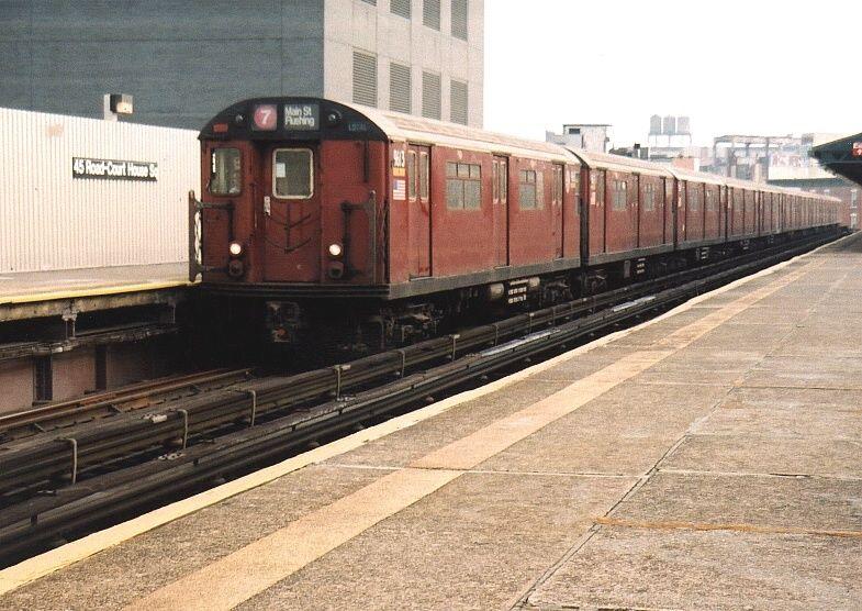 (95k, 785x556)<br><b>Country:</b> United States<br><b>City:</b> New York<br><b>System:</b> New York City Transit<br><b>Line:</b> IRT Flushing Line<br><b>Location:</b> Court House Square/45th Road <br><b>Route:</b> 7<br><b>Car:</b> R-36 World's Fair (St. Louis, 1963-64) 9613 <br><b>Photo by:</b> Gary Chatterton<br><b>Date:</b> 8/22/2003<br><b>Viewed (this week/total):</b> 0 / 2683