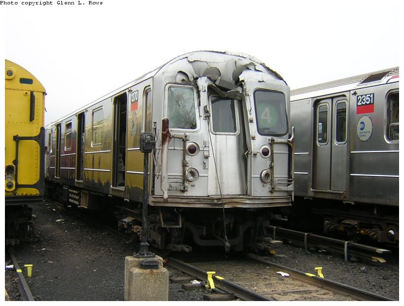 (114k, 820x620)<br><b>Country:</b> United States<br><b>City:</b> New York<br><b>System:</b> New York City Transit<br><b>Location:</b> 207th Street Yard<br><b>Car:</b> R-62 (Kawasaki, 1983-1985) 1370 <br><b>Photo by:</b> Glenn L. Rowe<br><b>Date:</b> 10/20/2003<br><b>Viewed (this week/total):</b> 2 / 29328