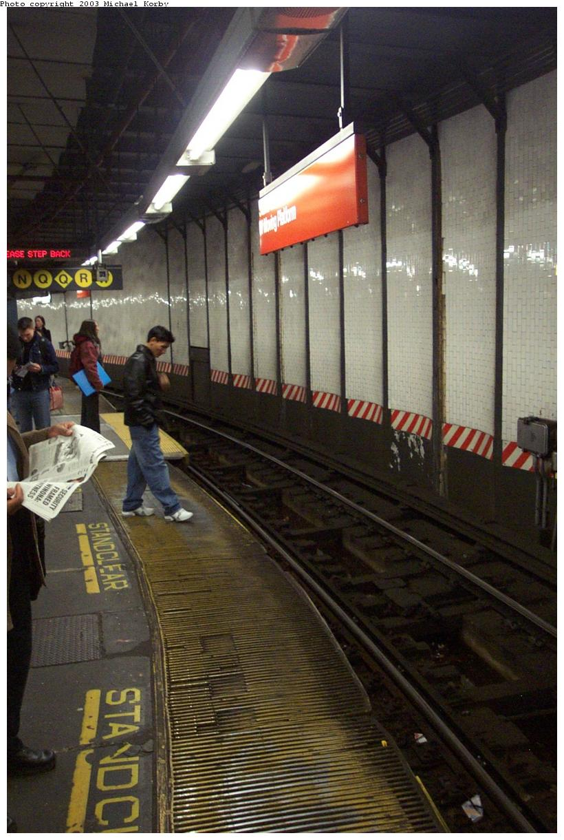(150k, 820x1220)<br><b>Country:</b> United States<br><b>City:</b> New York<br><b>System:</b> New York City Transit<br><b>Line:</b> IRT East Side Line<br><b>Location:</b> 14th Street/Union Square <br><b>Photo by:</b> Michael Korby<br><b>Date:</b> 11/4/2002<br><b>Viewed (this week/total):</b> 1 / 5038