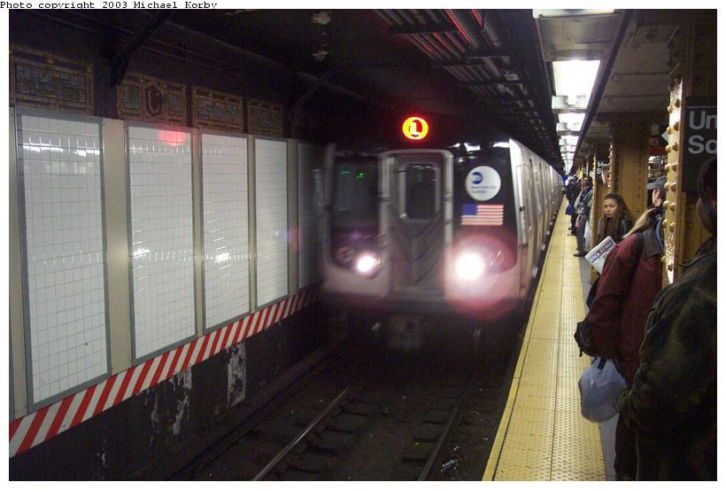 (78k, 820x553)<br><b>Country:</b> United States<br><b>City:</b> New York<br><b>System:</b> New York City Transit<br><b>Line:</b> BMT Canarsie Line<br><b>Location:</b> Union Square <br><b>Route:</b> L<br><b>Car:</b> R-143 (Kawasaki, 2001-2002)  <br><b>Photo by:</b> Michael Korby<br><b>Date:</b> 11/4/2002<br><b>Viewed (this week/total):</b> 0 / 6784