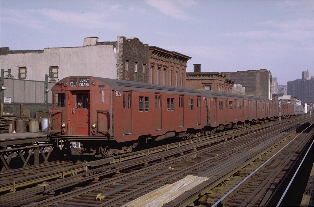 (205k, 1024x676)<br><b>Country:</b> United States<br><b>City:</b> New York<br><b>System:</b> New York City Transit<br><b>Line:</b> BMT Nassau Street/Jamaica Line<br><b>Location:</b> Marcy Avenue <br><b>Route:</b> QJ<br><b>Car:</b> R-27 (St. Louis, 1960)  8175 <br><b>Photo by:</b> Joe Testagrose<br><b>Date:</b> 4/9/1971<br><b>Viewed (this week/total):</b> 5 / 2564