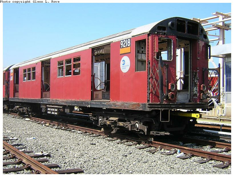 (169k, 820x620)<br><b>Country:</b> United States<br><b>City:</b> New York<br><b>System:</b> New York City Transit<br><b>Location:</b> 207th Street Yard<br><b>Car:</b> R-33 Main Line (St. Louis, 1962-63) 9218 <br><b>Photo by:</b> Glenn L. Rowe<br><b>Date:</b> 5/7/2003<br><b>Viewed (this week/total):</b> 10 / 3633