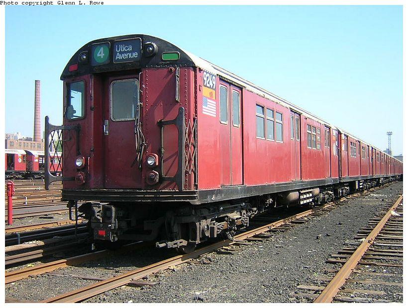 (157k, 820x620)<br><b>Country:</b> United States<br><b>City:</b> New York<br><b>System:</b> New York City Transit<br><b>Location:</b> 207th Street Yard<br><b>Car:</b> R-33 Main Line (St. Louis, 1962-63) 9249 <br><b>Photo by:</b> Glenn L. Rowe<br><b>Date:</b> 5/7/2003<br><b>Viewed (this week/total):</b> 0 / 5792