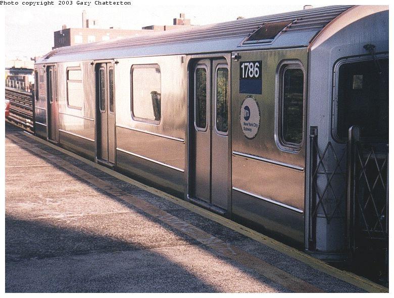 (98k, 780x591)<br><b>Country:</b> United States<br><b>City:</b> New York<br><b>System:</b> New York City Transit<br><b>Line:</b> IRT Flushing Line<br><b>Location:</b> 69th Street/Fisk Avenue <br><b>Route:</b> 7<br><b>Car:</b> R-62A (Bombardier, 1984-1987)  1786 <br><b>Photo by:</b> Gary Chatterton<br><b>Date:</b> 10/2/2003<br><b>Viewed (this week/total):</b> 4 / 3313