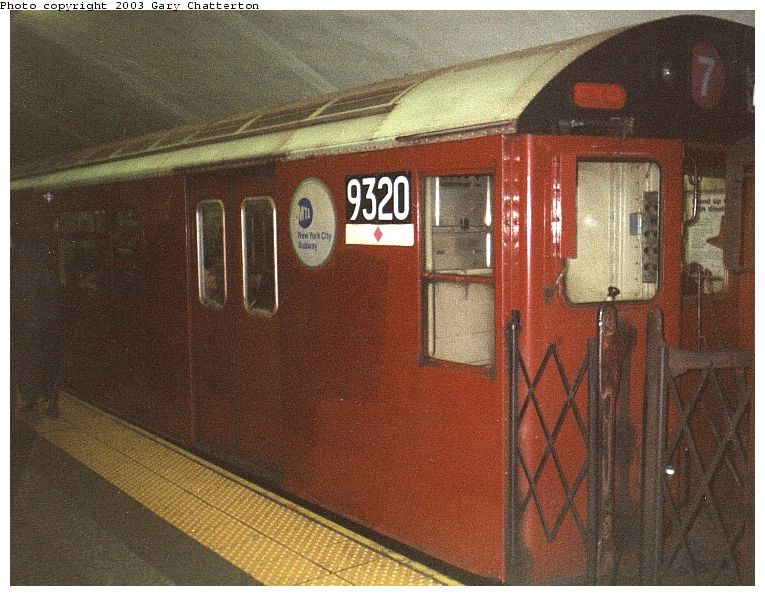 (104k, 765x596)<br><b>Country:</b> United States<br><b>City:</b> New York<br><b>System:</b> New York City Transit<br><b>Line:</b> IRT Flushing Line<br><b>Location:</b> Grand Central <br><b>Route:</b> 7<br><b>Car:</b> R-33 World's Fair (St. Louis, 1963-64) 9320 <br><b>Photo by:</b> Gary Chatterton<br><b>Date:</b> 7/11/2000<br><b>Viewed (this week/total):</b> 1 / 3923